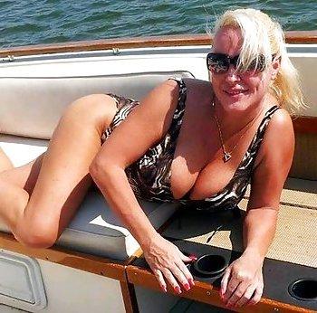 reife Frau sucht junge Männer für Sextreffen!