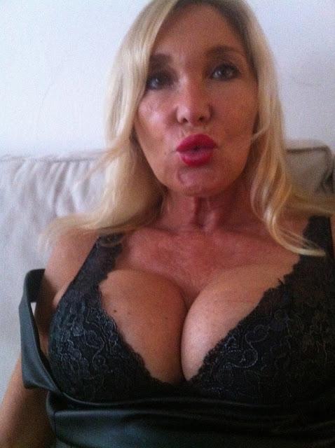 sexgeile hausfrau laesst sich tabulos ficken